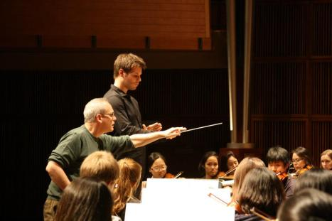 Mark Gibson, leading CCM's 2012 Conducting Beethoven Workshop. Photography by Aik Khai Pung.
