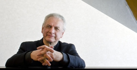 CCM Eminent Scholar in Chamber Music and Artist-in-Residence James Tocco.