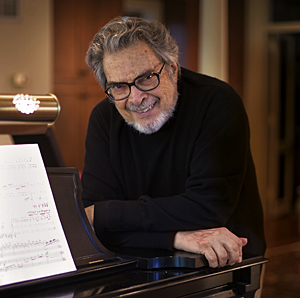 Renowned pianist and conductor Leon Fleisher will receive an honorary doctorate at UC's Commencement Ceremony on April 27.