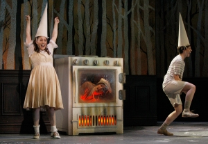 CCM's Mainstage Production of HANSEL AND GRETEL. Photography by Mark Lyons.
