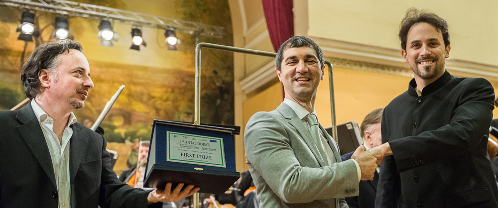 CCM doctoral student Olivier Ochanine receives first prize at the 2015 Antal Doráti International Conducting Competition.