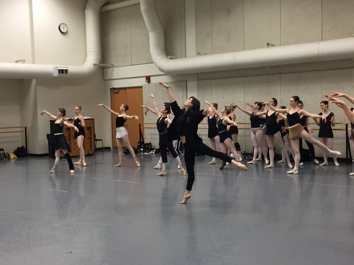 Alum Julie Eicher teaches a masterclass for dance students at CCM.