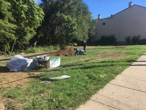 Keep Cincinnati Beautiful and Price Hill Will help clean up the vacant lot, which will soon host the Percussion Park.