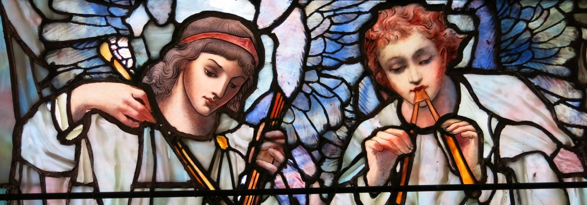 Angels playing heavenly instruments