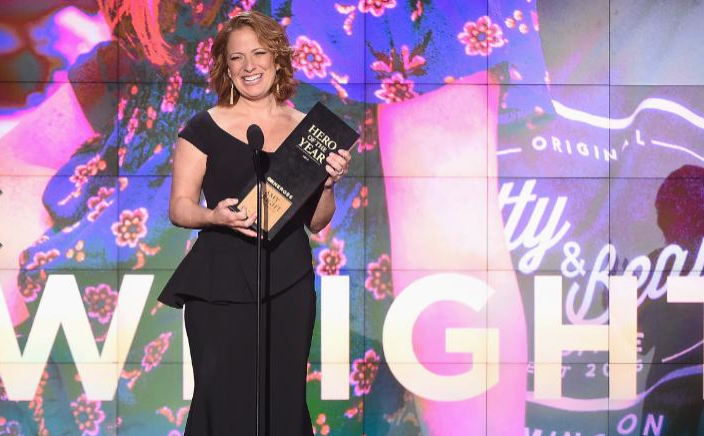 CCM alumna Amy Wright accepting recognition as CNN's Hero of the Year for 2017. Photo: Michael Loccisano/Getty Images for CNN.