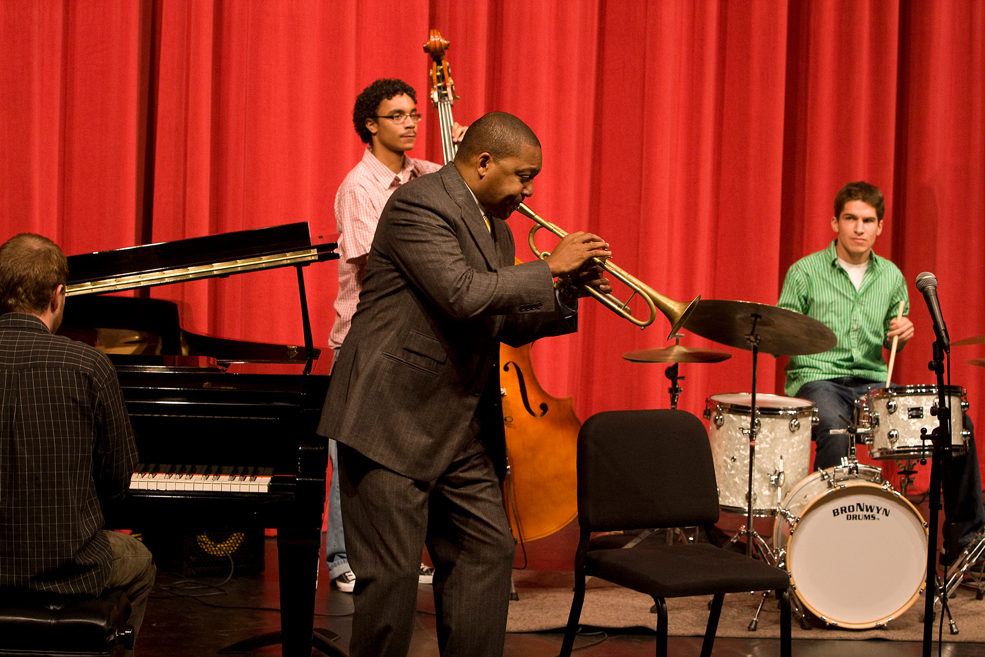 Wynton Marsalis performs with CCM students during a visit to UC's campus in the fall of 2008. Photo/UC Creative Services.